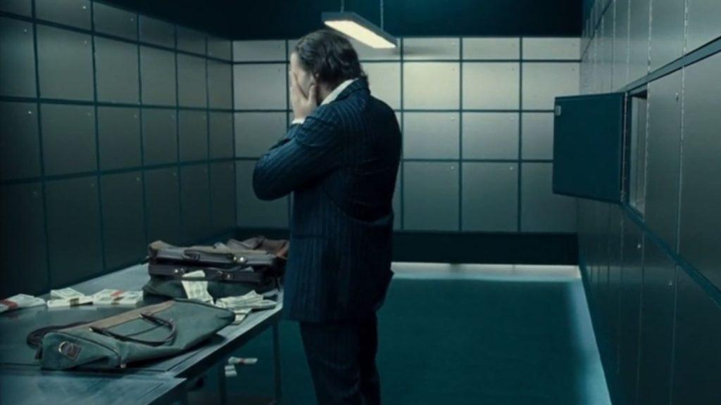 Джейсон Стэтхэм расстается с деньгами. В чем смысл фильма Револьвер?